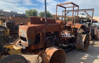 New holland 8640 stripping for spares
